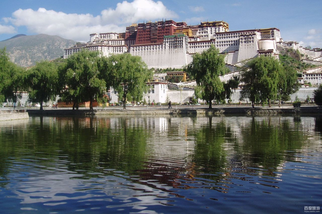 The Potala Palace: Tibet's Greatest Monumental Building