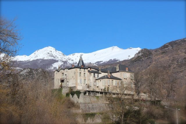 French Chateau (2)
