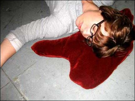 16 Cool And Creative Pillows (2)