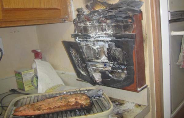 14fuck When cooking, please avoid burning down the house.