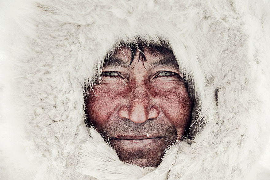 Before They Pass Away: Stunning Photos of World's Ancient Tribes