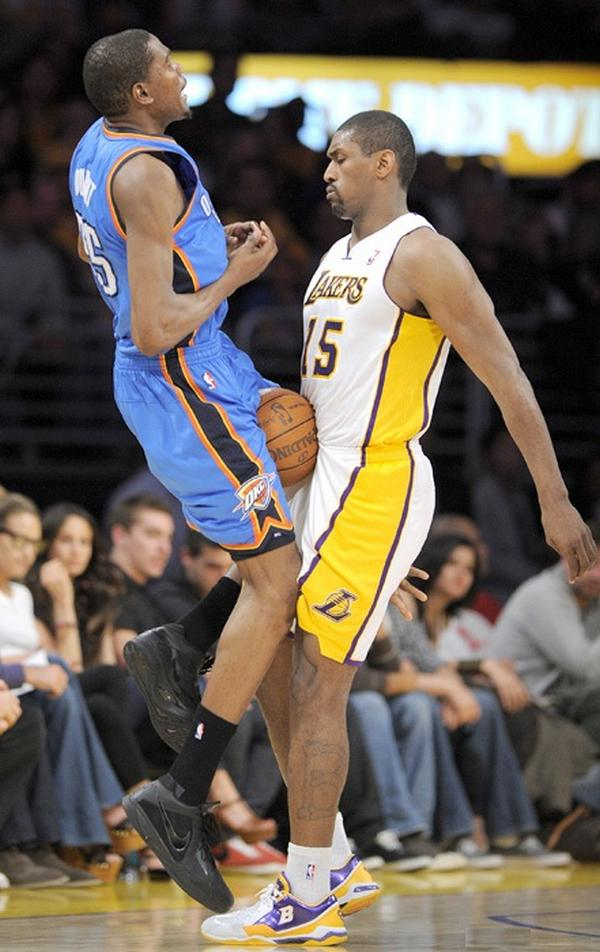 Funny Basketball Moment Picture