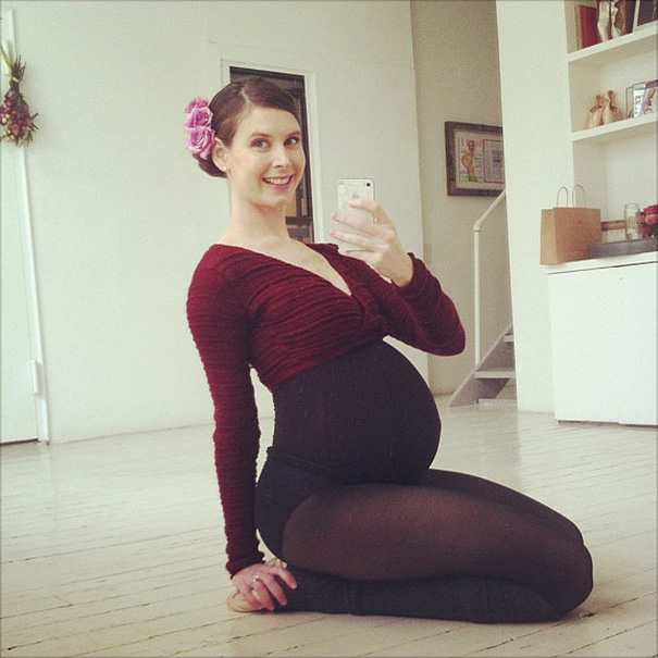 The Most Beautiful Would-Be Mother: Still Dancing With 9-Months Pregnancy