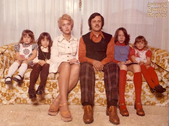 99 most awkward family photos ever thedailytopcom