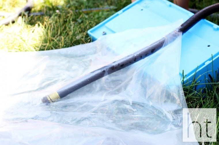 DIY Make A Giant Outdoor Waterbed (9)