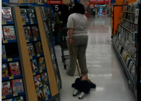Strange And Funny Looking People Of Walmart (10)