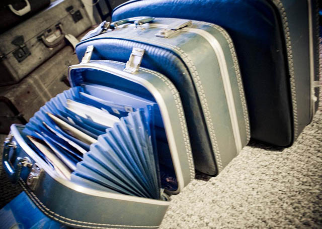 turn old suitcase into accordion folder