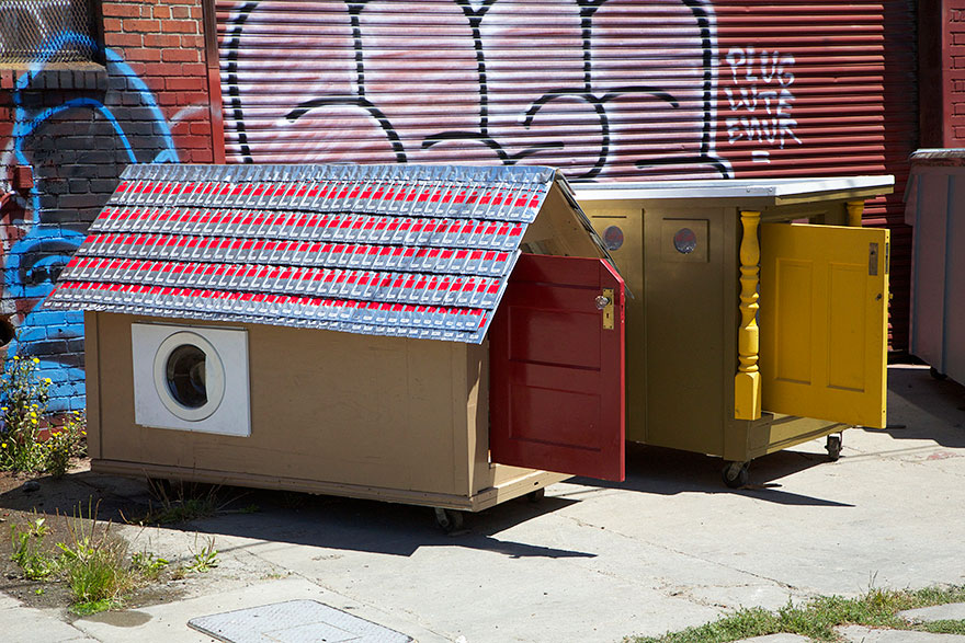 Homeless Home Project: Trash Turned Into Home