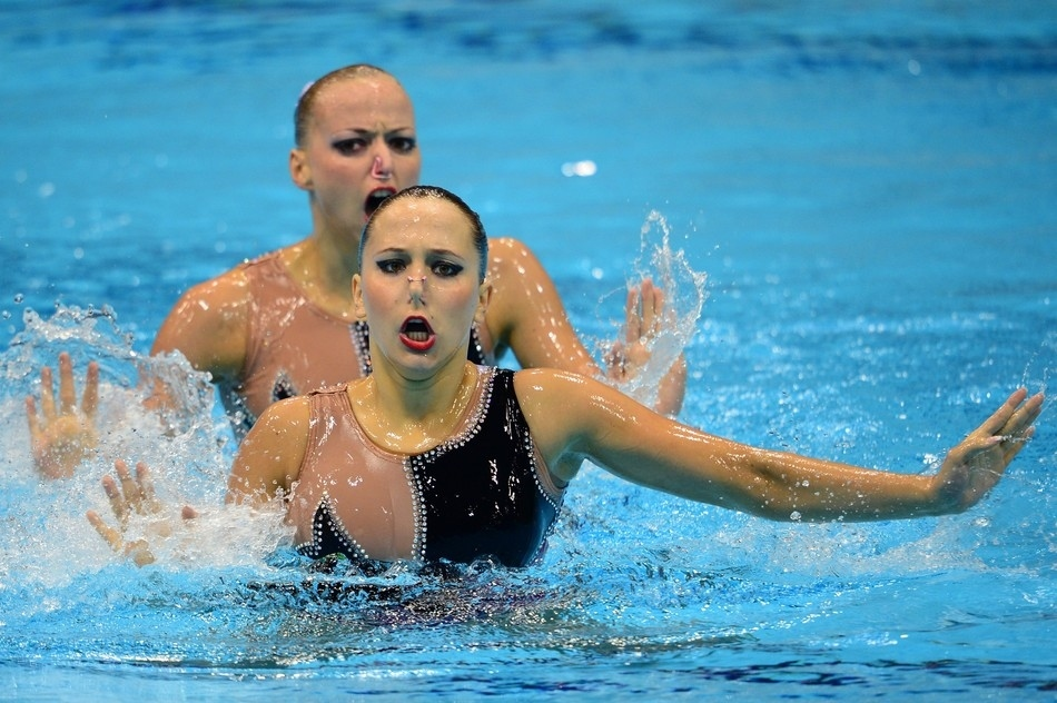 Horrible faces in the olympic synchronized swimming thedailytop com