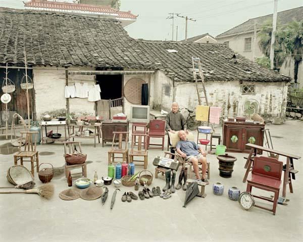 Chinese Families and All Their Belongings in One Single Photo