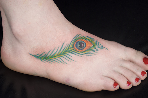 16 wackiest foot tattoos in the world. Black Bedroom Furniture Sets. Home Design Ideas