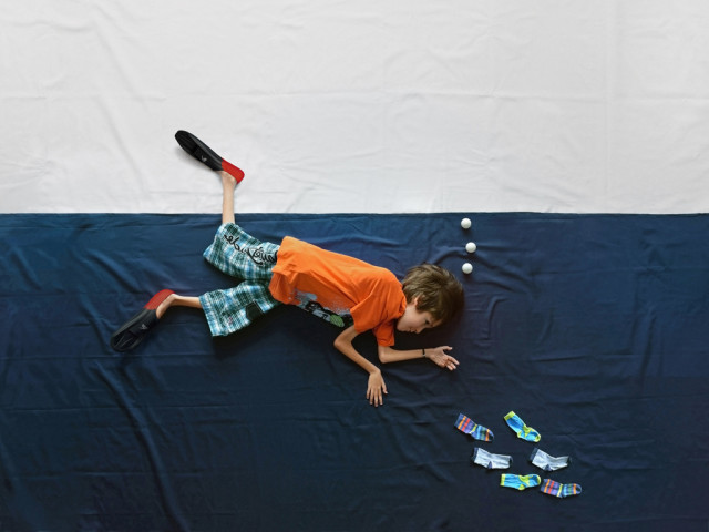 Photos Taken to Help a Boy with Muscular Dystrophy Explore the World: It's Full of Imagination!