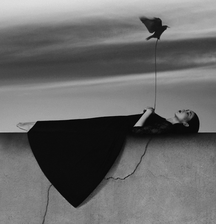 """Stunning Self-Portraits of A 22-Year-Old Photographer Noell S. Oszvald"""""""