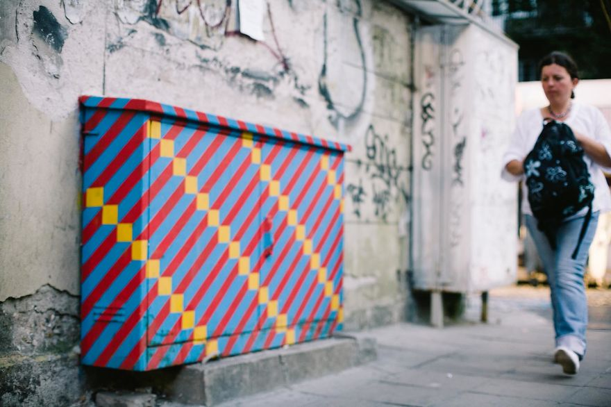 Street Arts In Bulgaria: Lively Painting That Brought Old Electricity Panels Back To Life