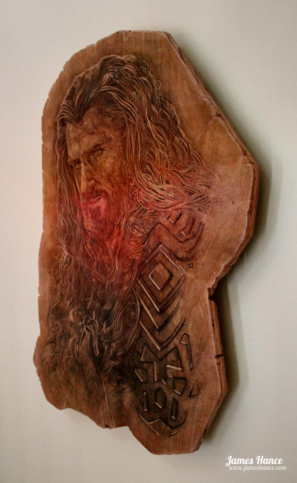Thorin Oakenshield - Carved in oak