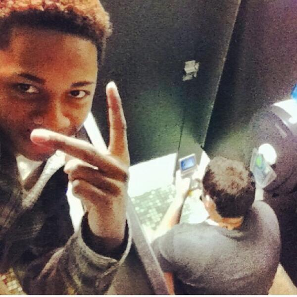 Now Selfie Olympics Has Begun. Check Out And See Who Wins?