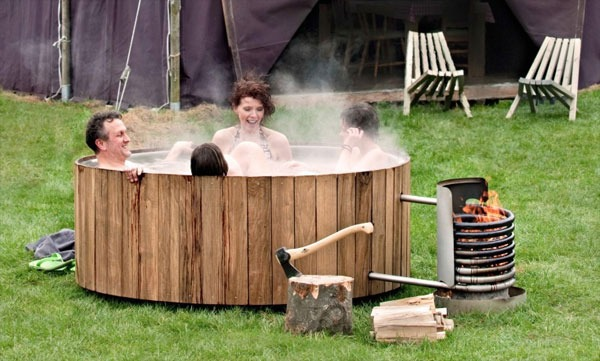 these amazingly ingenious accessories will make your backyard more awesome Dutchtub-wood-jacuzzi