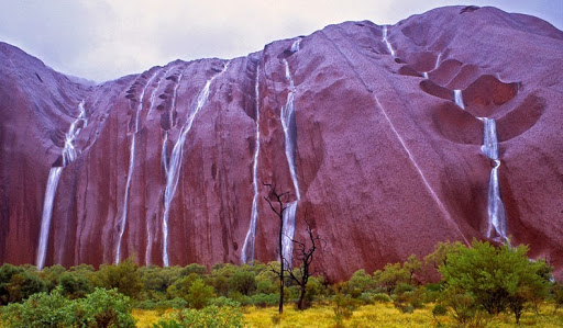 waterfalls on Uluru that have been rarely seen