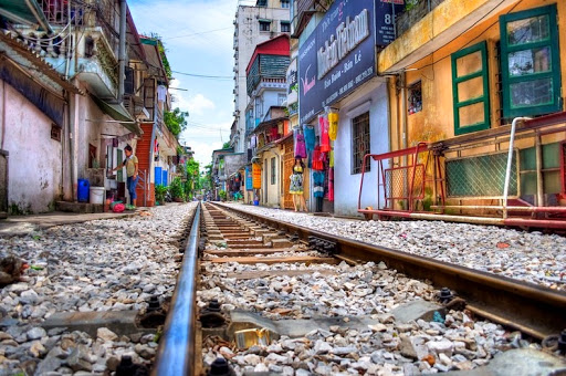 railway in the backyard! incredibly scene in Vietnam you've never seen!