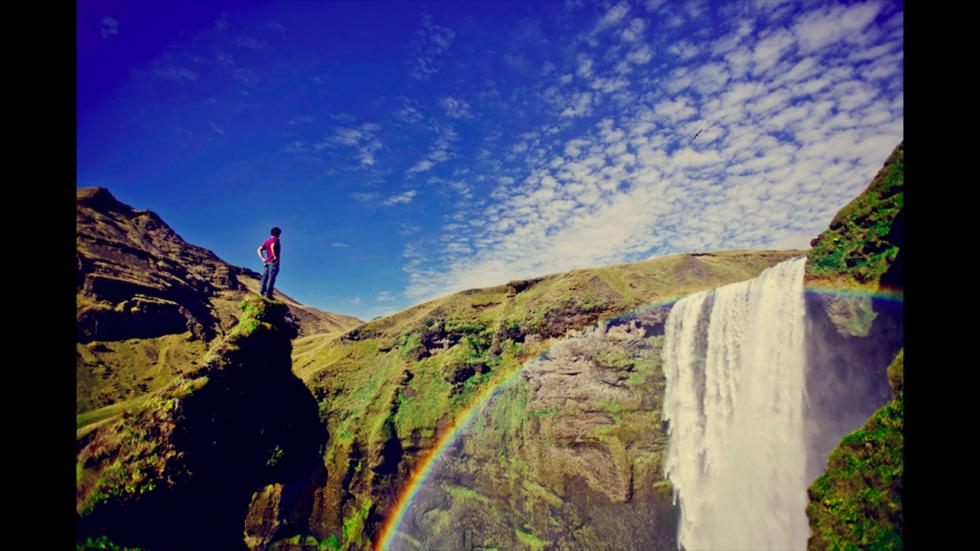 It's amazing out there awesome pictures Skogafoss