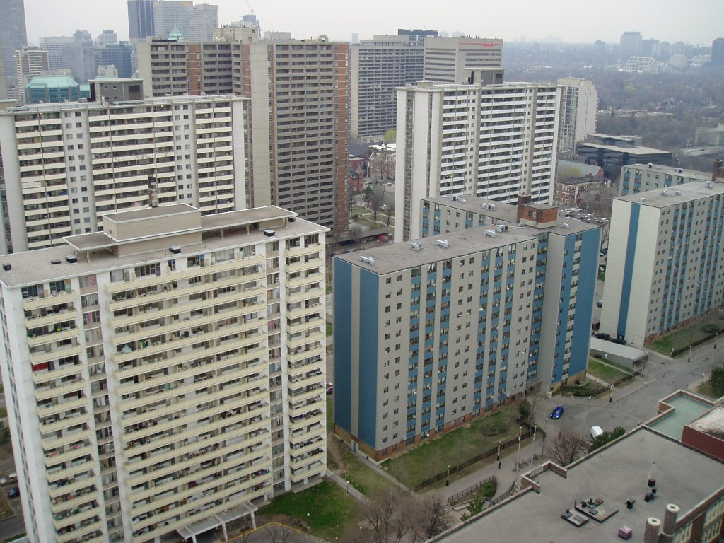 most densely populated places on Earth  St. James Town neigbourhood, Toronto, Ontario, Canada
