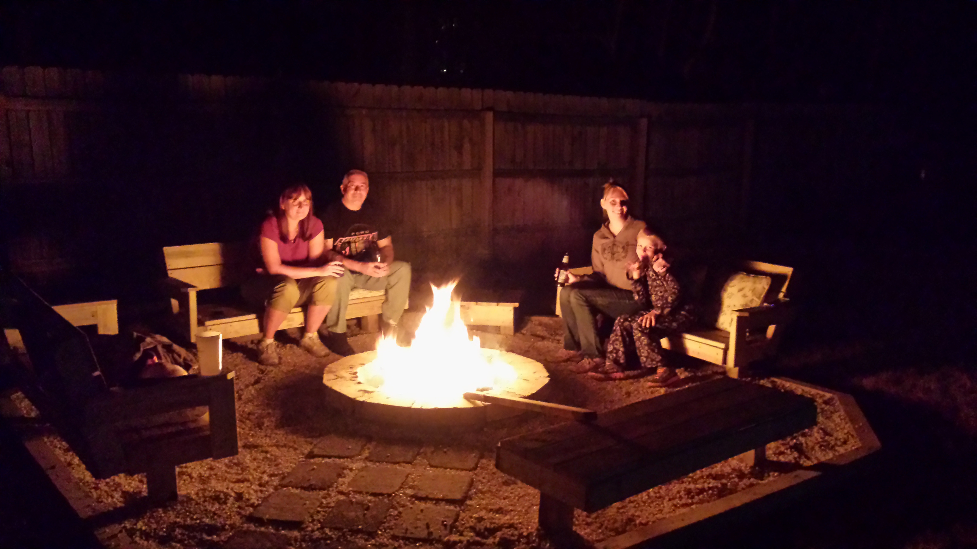 Awesome DIY Fire Pit