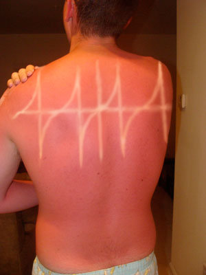 awkward tan lines this is so hilarious
