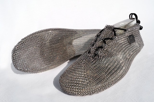 This is not some unexplainable high fashion designs, it's running shoes! Crazy but also awesome!