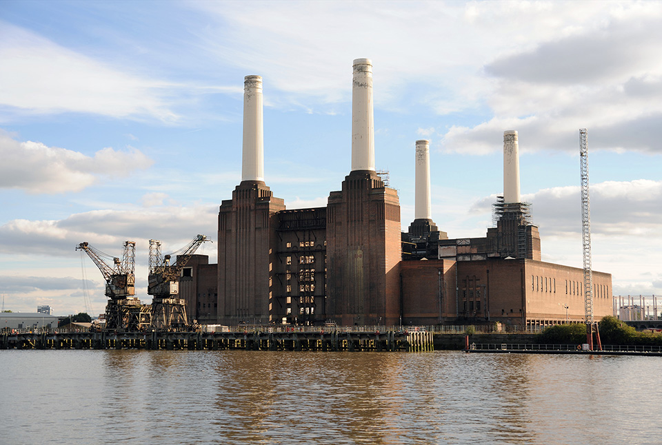 The last of us: apocalyptic pictures of the end of the world Battersea Powerstation