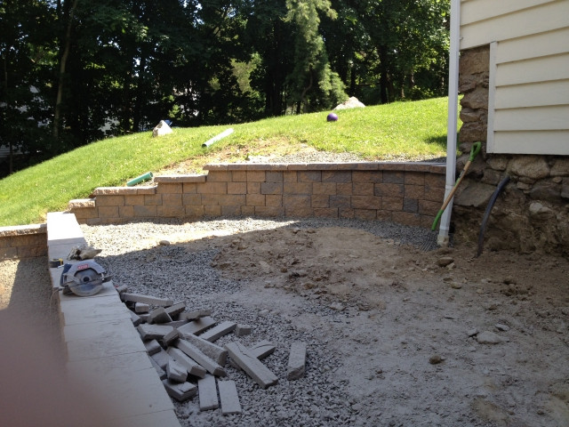 how-to-turn-hilly-backyard-into-a-wonderful-patio