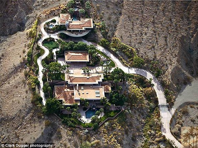 it-is said-the-Obamas-bought-a-mountain-house