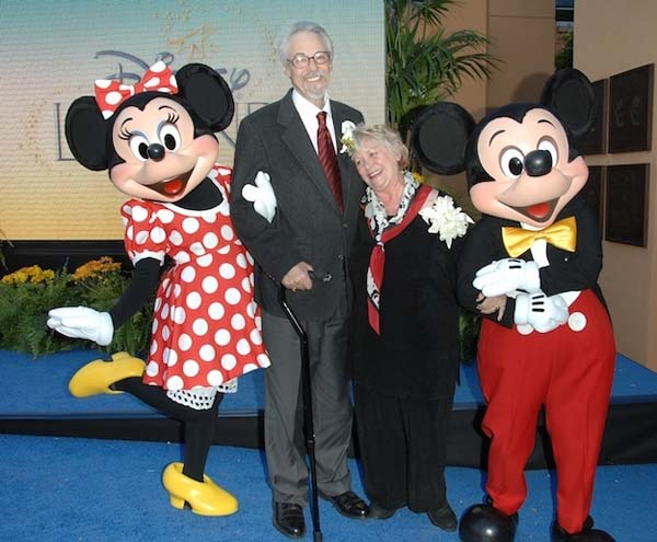 5.) The voices of Minnie and Mickey Mouse got married in real life.