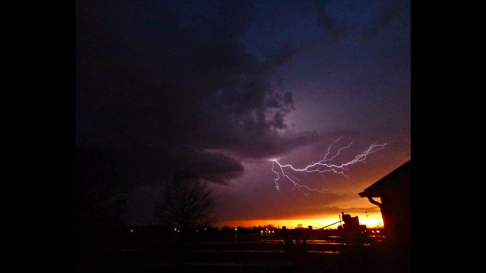 It's amazing out there awesome pictures Sunset with Lightning