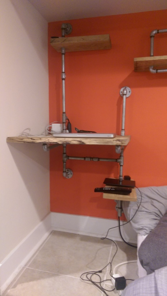 This Hanging Wall Desk With Plumbing Pipe Is Awesome
