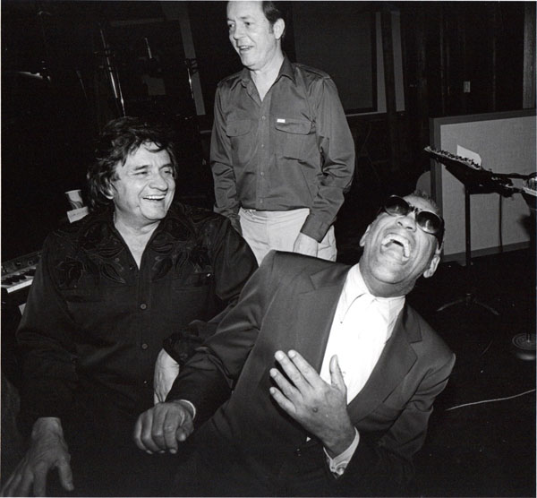 rare photos of the old and the dead Johnny Cash and Ray Charles