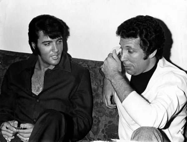 rare photos of the old and the dead Elvis Presley and Tom Jones