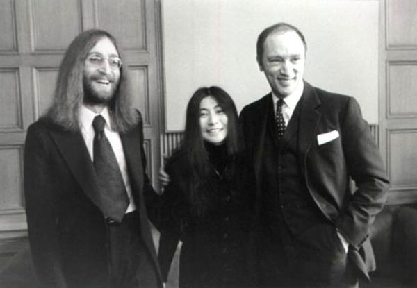 rare photos of the old and the dead John Lennon, Yoko Ono, and Pierre Elliot Trudeau (Prime Minister of Canada), 1969
