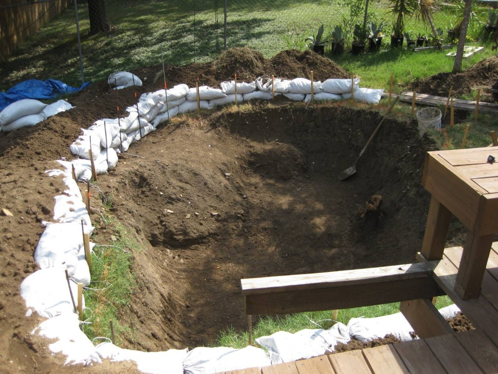Build your own pool this diy rock pool construction is for Build your own pool