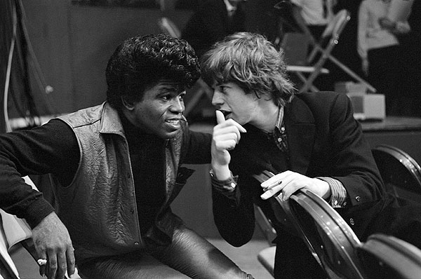 rare photos of the old and the dead James Brown and Mick Jagger, 1964