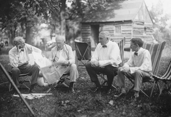 rare photos of the old and the dead Henry Ford, Thomas Edison, Warren G. Harding, and Harvey Firestone, 1921