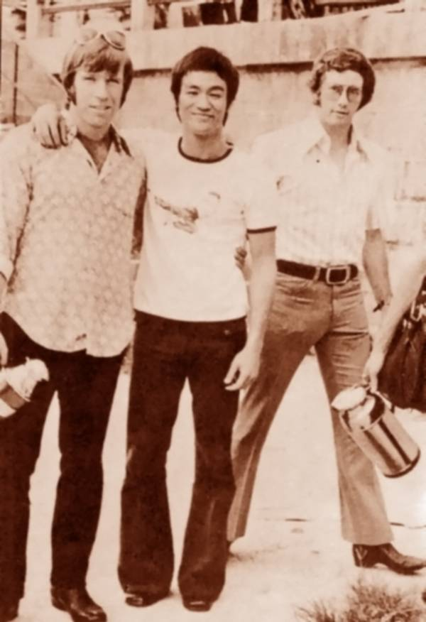 rare photos of the old and the dead Chuck Norris and Bruce Lee