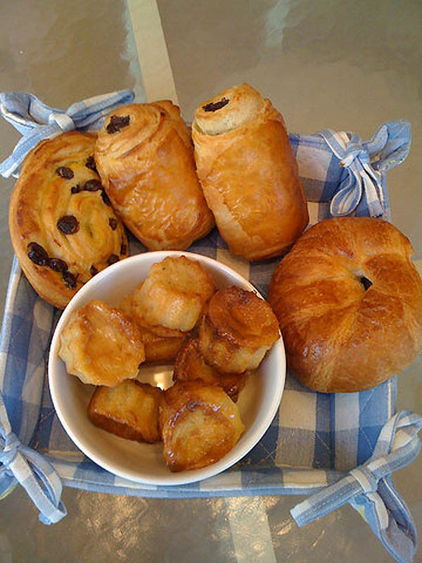 delicious breakfast around the world France