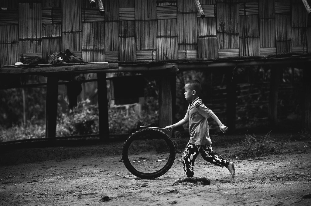 Gorgeous images by Thai photographer Vichaya Pop Child's Play