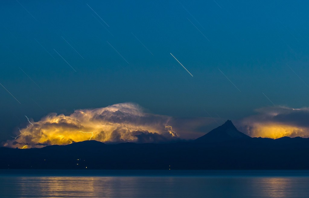 spectacular photographs by Francisco Negroni Lightning in the Patagonia land...