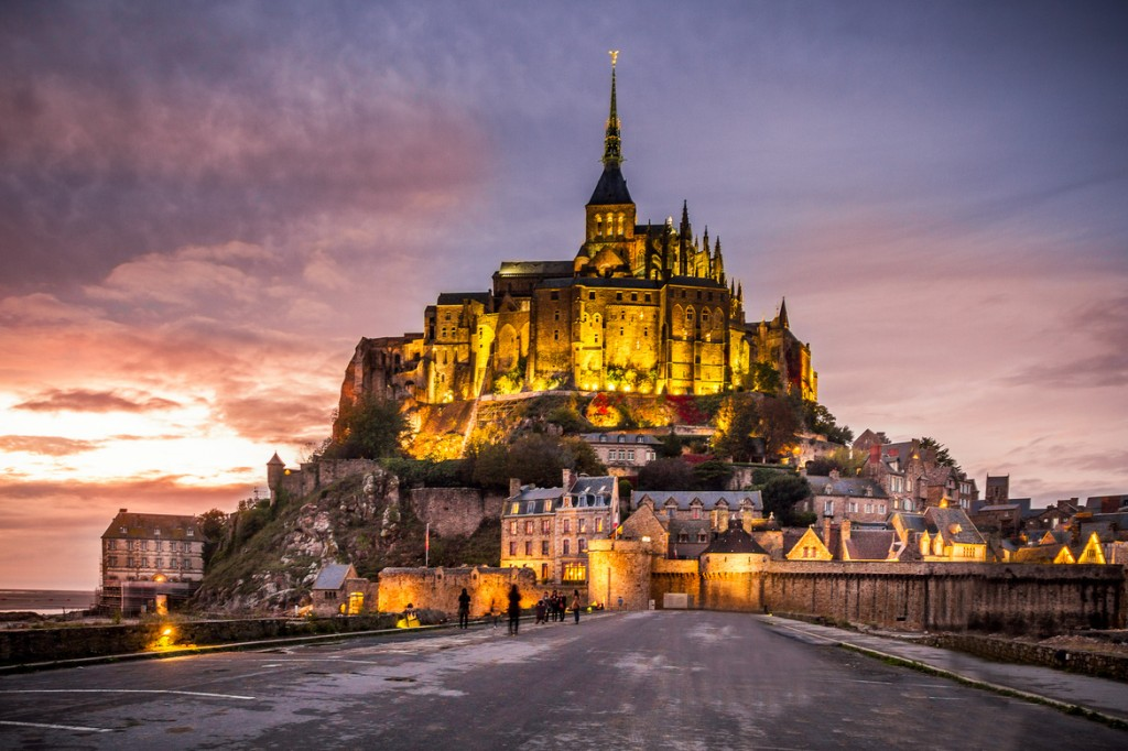 travel photography of French you don't want to miss Mont Saint Michel by Night
