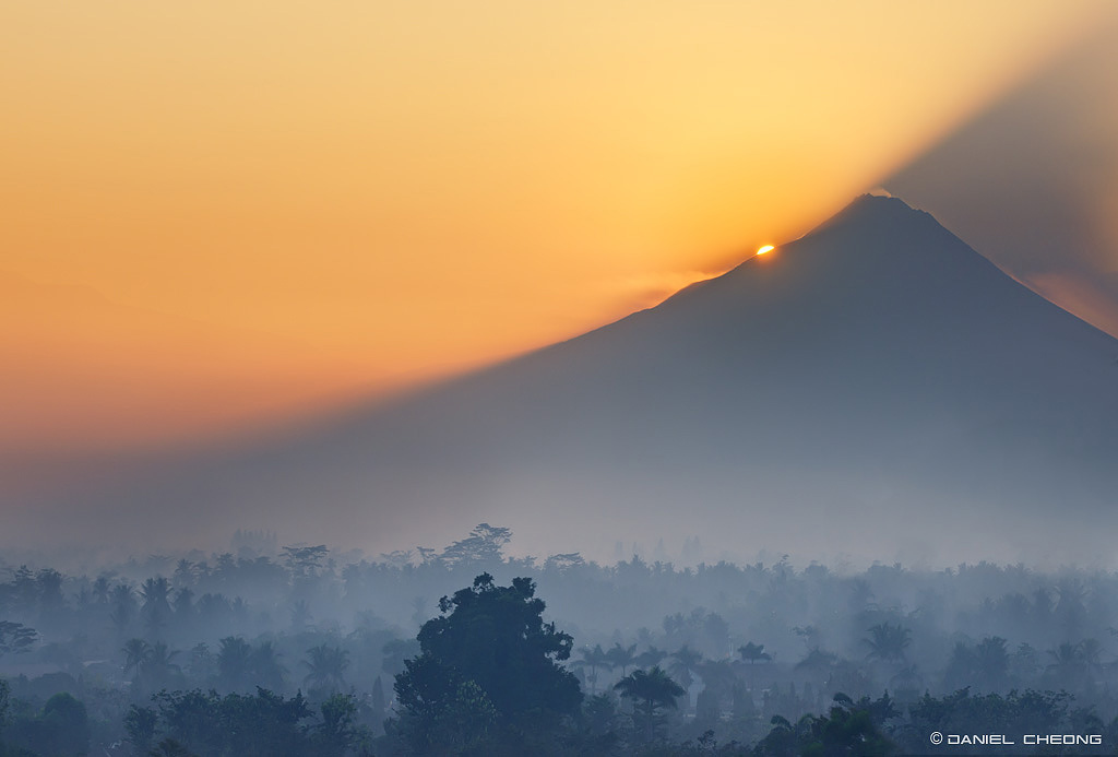 fancy photographs of some big cities by Daniel Cheong   Mount Merapi Sunrise