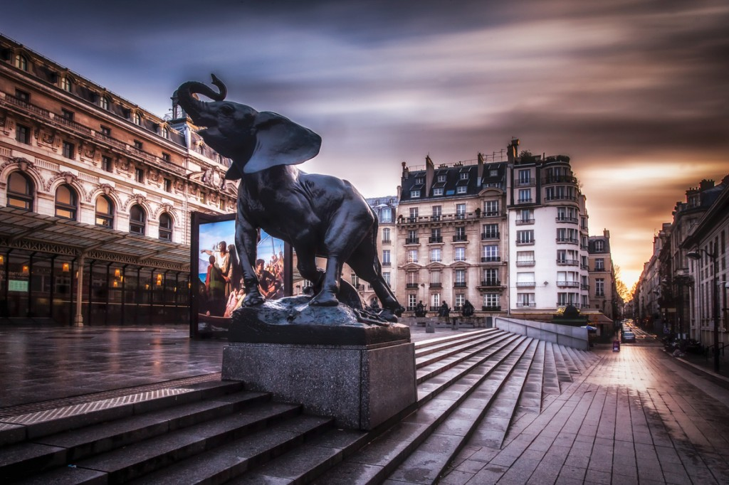 travel photography of French you don't want to miss Orsay Museum Paris Long Exposure
