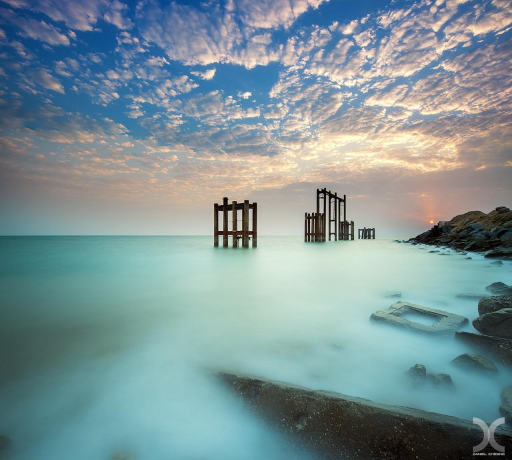 fancy photographs of some big cities by Daniel Cheong   The Muted Sunrise