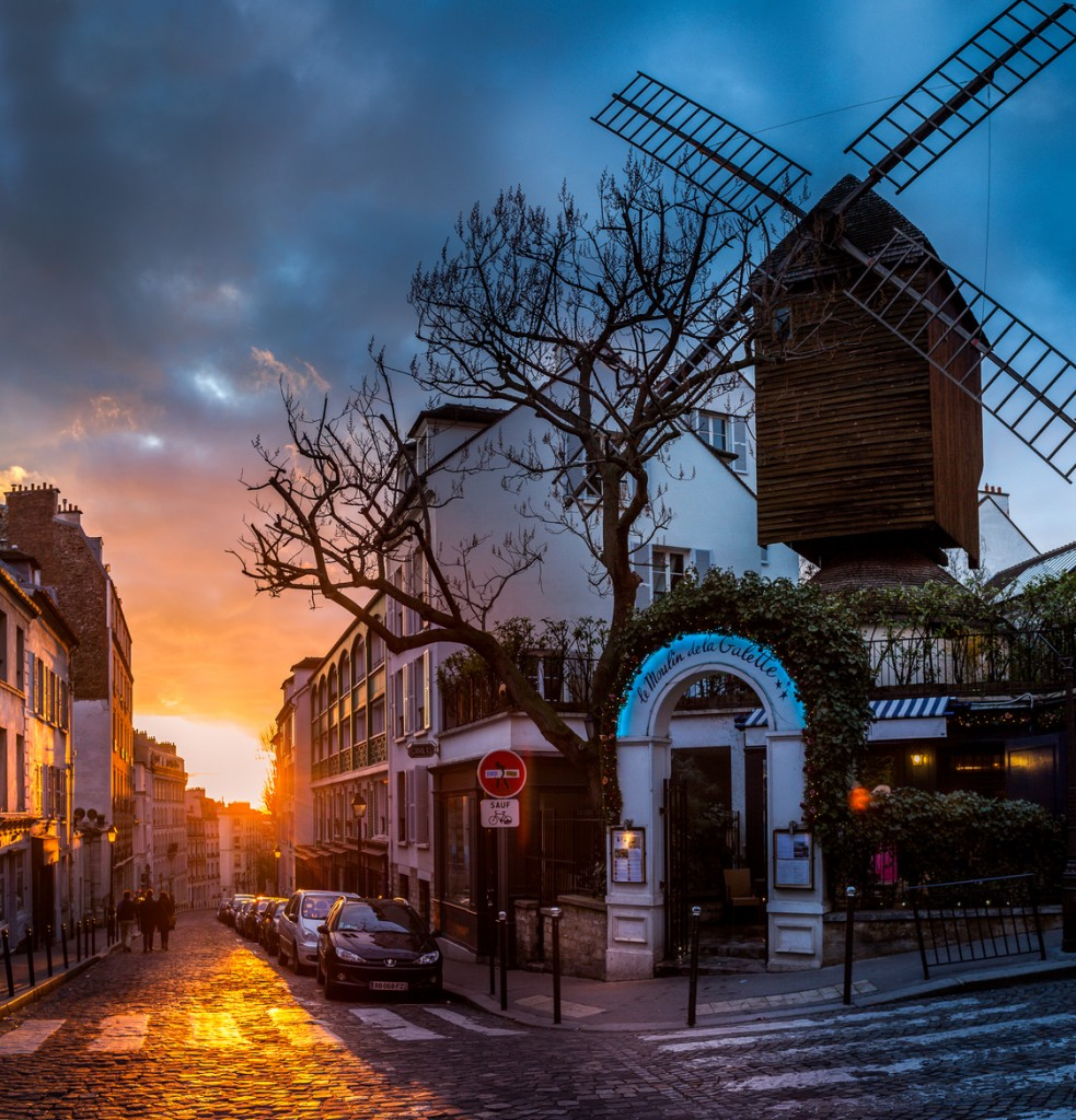 travel photography of French you don't want to miss The windmill of Montmartre