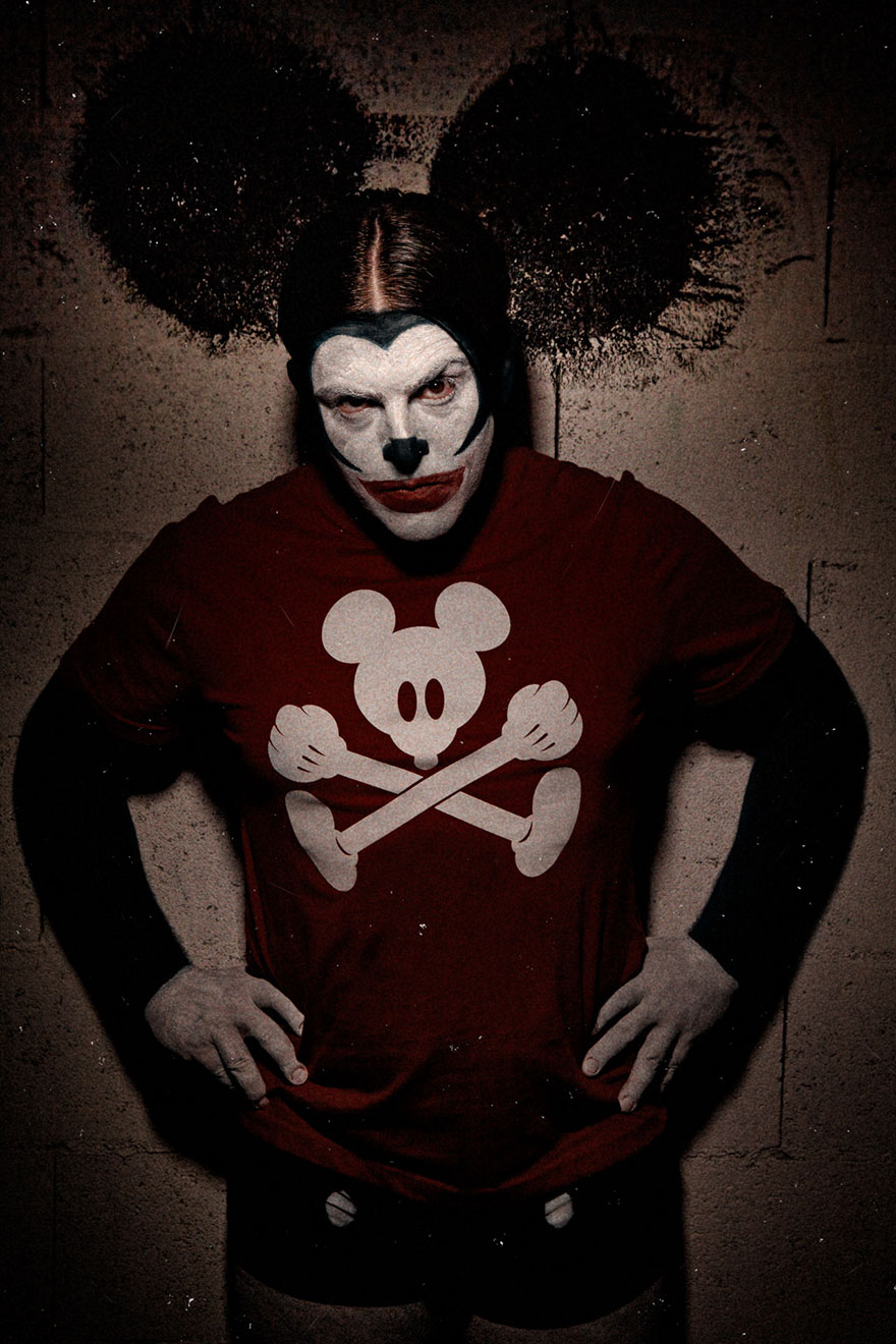macabre-scary-clown-portraits-photography-clownville-eolo-perfido-99-8